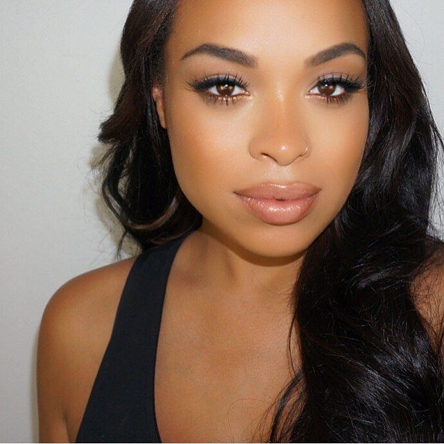 "The talented @makeupbecca used our ""brow duo"" in the color dark brown to perfectly fill @heathersanders_ brows  www.aftern9ne.com"