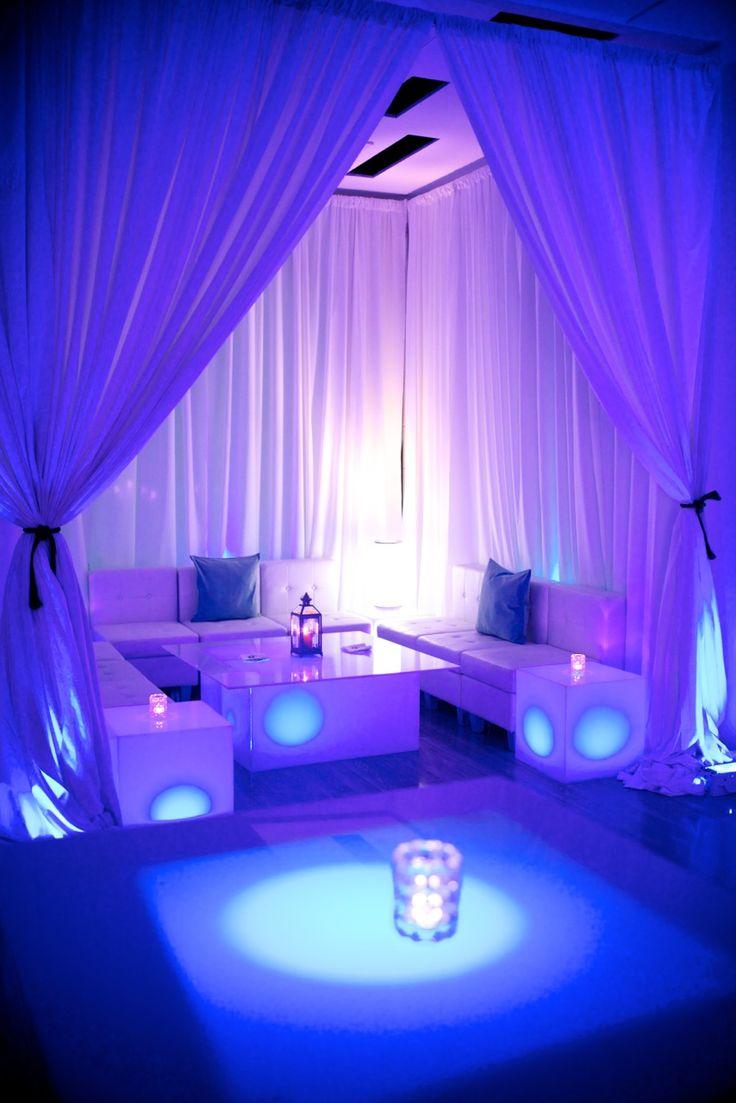 Through Lounge Decorating Ideas