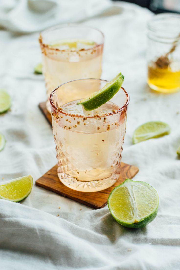 Honey & Smoke: An easy mezcal cocktail recipe with just four ingredients! Here's how to make your own   bygabriella.co