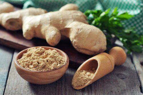 Comment faire de l'eau au gingembre pour perdre du poids ? - Améliore ta Santé