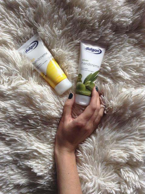 PaSsiOnGLitTeR.!: A beauty review - dulgon hand cream