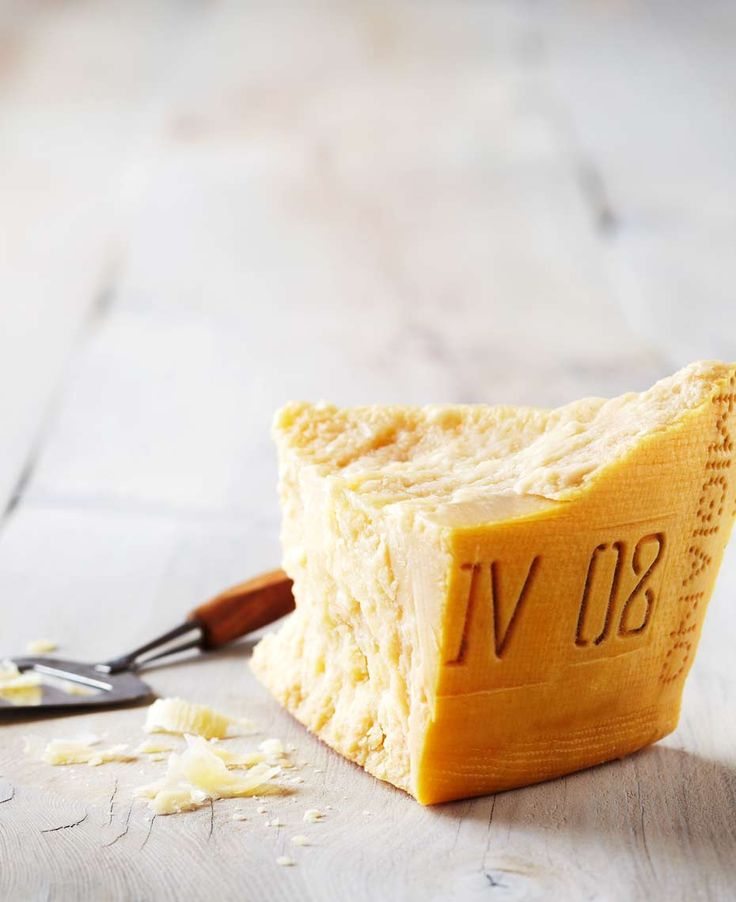 Parmesan shot for Michael-Angelo's grocery store | ©Jodi Pudge 2015 | www.jodipudge.com