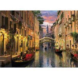 Puzzle de 6.000 piezas de los canales de Venecia de Clementoni.  Más info y compra en: http://www.elosito.com/puzzles-rompecabezas-3-d-puzzles-de-3000-a-10-000/10453-puzzle-6000-venecia-8005125365173.html