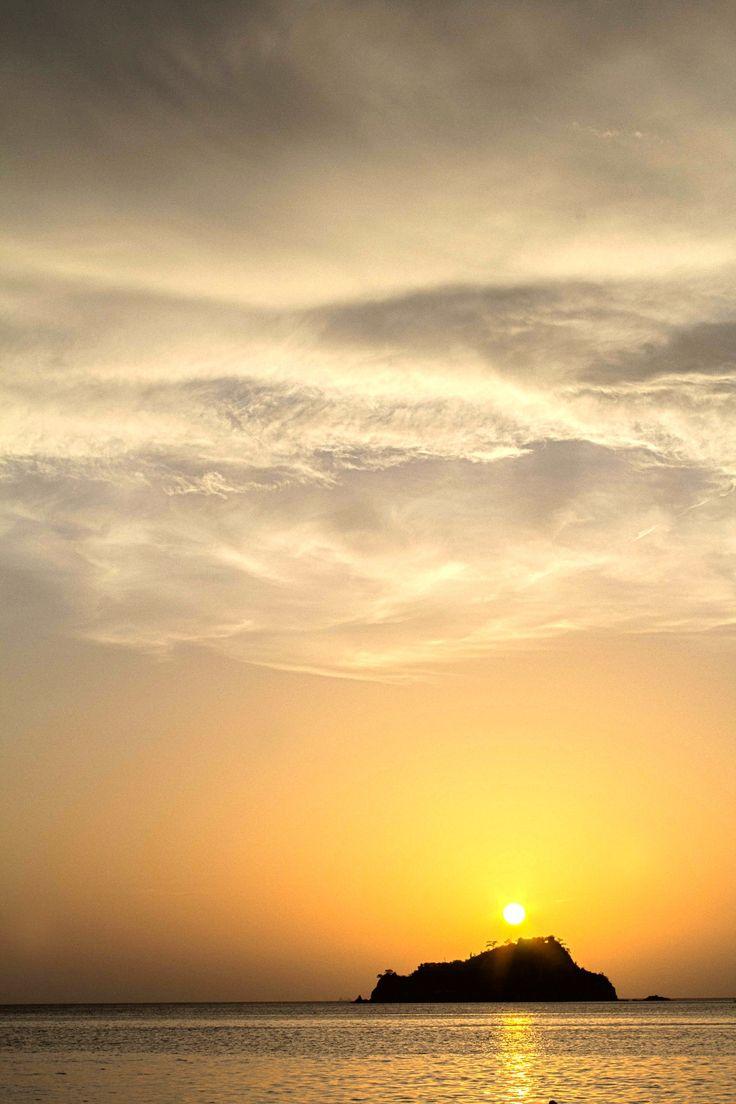 Sunset in gaira bay by julian villamil on 500px