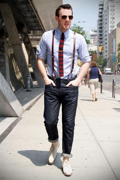 Сочетаются модные сегодня легкие мужские туфли