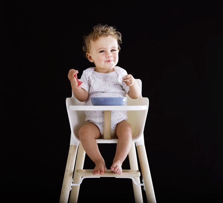 Adorable!! Discover this high kids chair at Littlefashionaddict.com