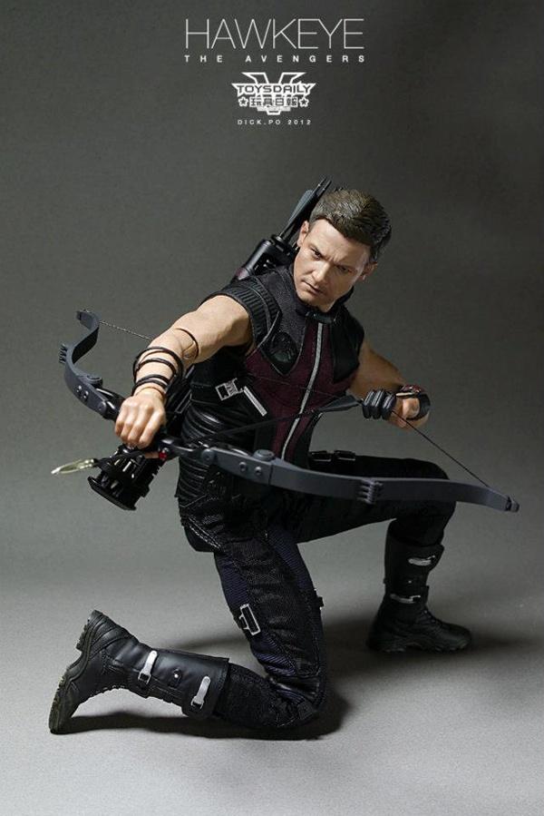 Hot Toys HawkEye – Action Figure Gavião Arqueiro |
