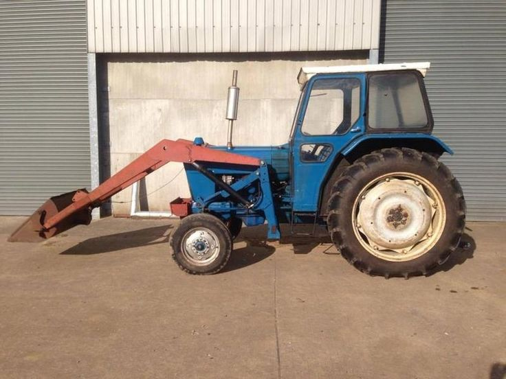 1975 FORD 4000 With Loader Diesel Tractors in BASINGSTOKE | Auto Trader Farm