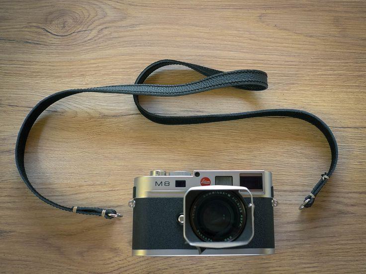 Riviera camera strap, Black.