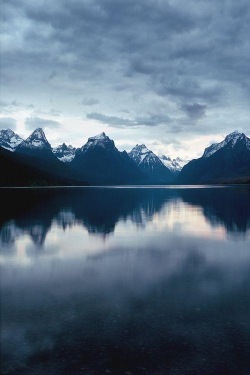This gorgeously eery shot of Glacier National Park, Montana gives us the goosebumps! (photo: Beth Spreadborough)