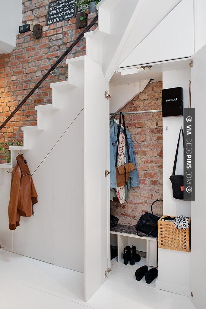 Neato! - hj   CHECK OUT MORE STORAGE IDEAS AT DECOPINS.COM   #storage #storage #closets #nooks #shelves #bookshelves #wallstorage #homedecor #homedecoration #decor #livingroom #walls