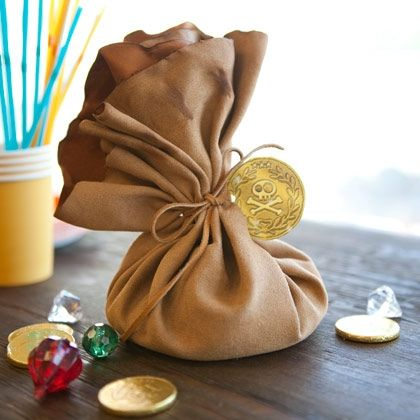 Cute!  For all my friends who have kids who like Jake and the Neverland Pirates!!!  It's Izzy's Fairy Dust Pouch!!!  :)