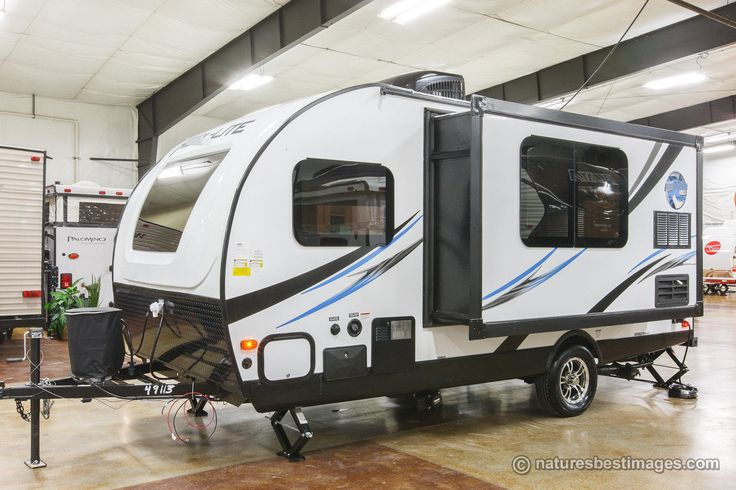 only best 25 ideas about lightweight travel trailers on pinterest small lightweight travel. Black Bedroom Furniture Sets. Home Design Ideas
