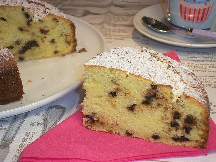 Torta Ricotta e Cioccolato - Ricetta per preparare la Torta Ricotta e Cioccolato. Come fare una torta semplice e veloce con la ricotta e le gocce di cioccolato