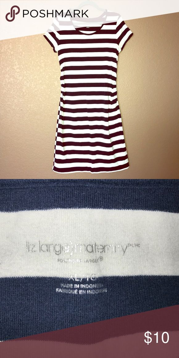 Liz Lange blue & white striped Maternity dress Liz Lange blue & white striped Maternity dress/ size XL/ minimal piling/ side ruching/ good condition no stains , no holes Liz Lange for Target Dresses Midi