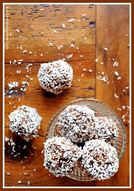 "Swedish Chocolate Balls or ""Chokladbollar"" // #Chocolate #Swedish #Recipe"