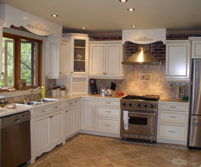 Kitchen Cabinet Ideas – check various designs and colors of Kitchen Cabinet Ideas on Pretty Home. Also checkKitchen Cabinets http://www.prettyhome.org/kitchen-cabinet-ideas/