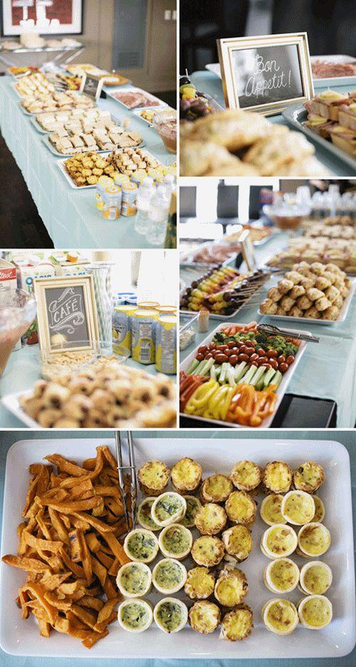 Cómo organizar la comida en una mesa