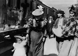 A chegada do trem na estação (Louis Lumière).