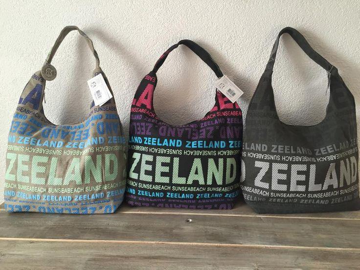Wat een ontzettende leuke tassen van Zeeland en ter promotie van dit mooie gebied :)  Tassen doen t altijd goed!  De Rode Draad organisatie | marketing | communicatie  www.derodedraad.nu