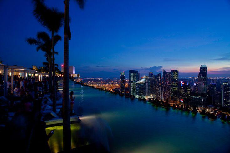 Marina Bay Sands Hotel SingaporeSwimming Pools, Dreams Vacations, Vacations Spots, Hotels Singapore, Marina Bays Sands, Sands Hotels, Cities Lights, Infinity Pools, Outdoor Pools