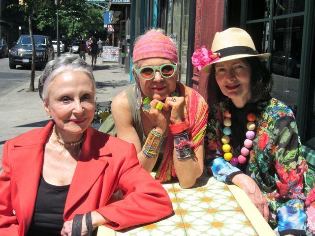 Femme et Fleur: An Advanced Style Summer Luncheon