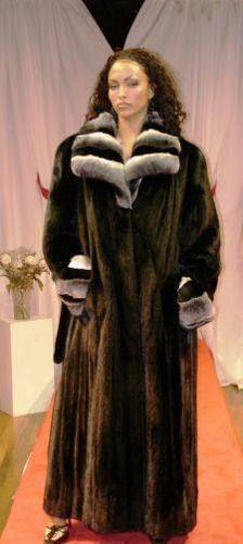 17 Best ideas about Mink Coats on Pinterest | Mink, Fur coats and ...