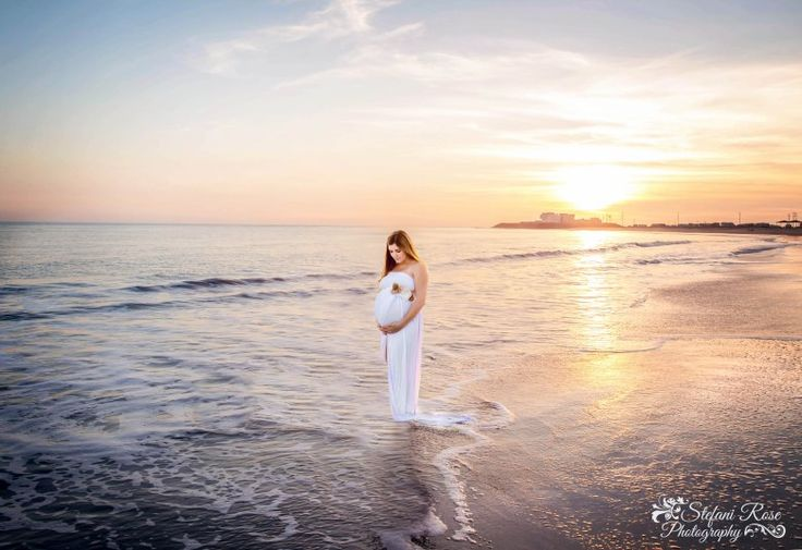 Maternity photos at the beach in California!