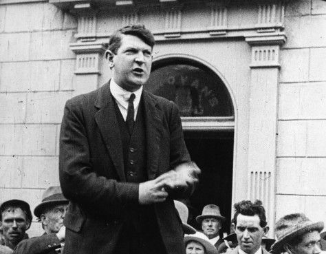 an introduction to the life of michael collins Visit biographycom and learn about the bloody and tumultuous anglo-irish war through the life of irish leader michael collins.