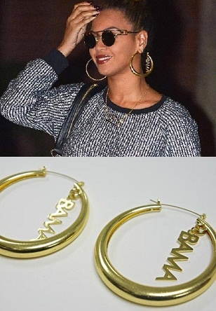 """Beyonce is supporting Obama on her own way...    Beyonce showed up with a new pair of Barack Obama hoops. The earrings were designed by a Puerto Rican jewelry designer named """"Erika Peña"""" and up until last week, she had only sold 5 sets of the handmade earrings. But her fortune changed overnight when Beyonce wore them last Saturday in NYC.    Erika says she received orders almost immediately from all over the world; England, Switzerland, Chile, Argentina and her biggest order came from…"""