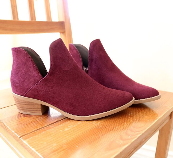 """Style : Ankle Boots, Booties Heel Height : 1 3/4"""" Condition : New in Box Main Color : Vino (Wine) Main Material : Man-made Material (Faux Suede) Shaft Height : Approx. 3 1/2"""" Fit : True to Size The Bo"""