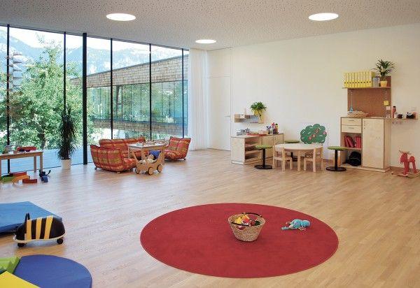 diseño infantil arquitectura kindergartenkinderkrippe haus im ennstal 05 600x412 Guardería de diseño en la montaña.