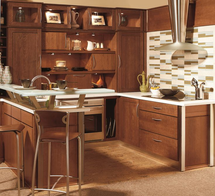 Hanover Oak, Cocoa Java And Milan Cherry, Natural Java   Wellborn Cabinet