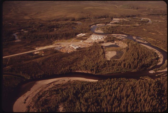 This tiny sliver of an area actually has immense history.  In 1974, a full base camp was set up in Prospect Creek to house around 27,000 people working on the Trans Alaskan Pipeline.