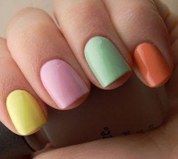 разноцветные ногти - вам нравится?