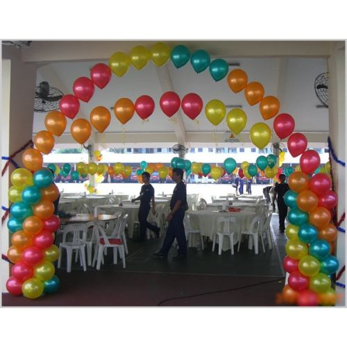 26 best string of pearl arches images on pinterest for Balloon string decorations