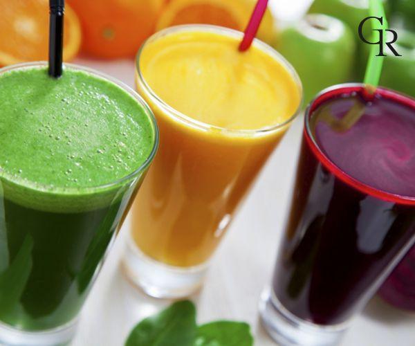 Kalbi koruyan elma, böğürtlen, üzüm ve çilek karışımı ile yapılan meyve suyu gençleştiriyor! Denemelisin. :)