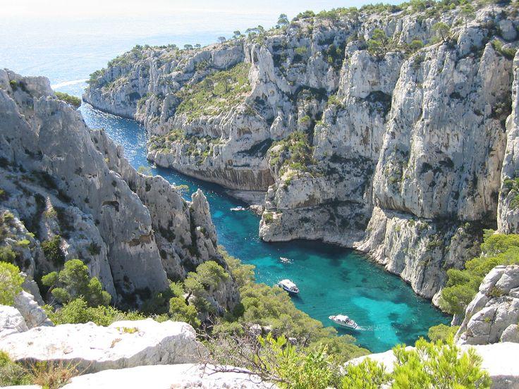 Plan Des Calanques Entre Marseille Et Cassis Pictures to pin on ...