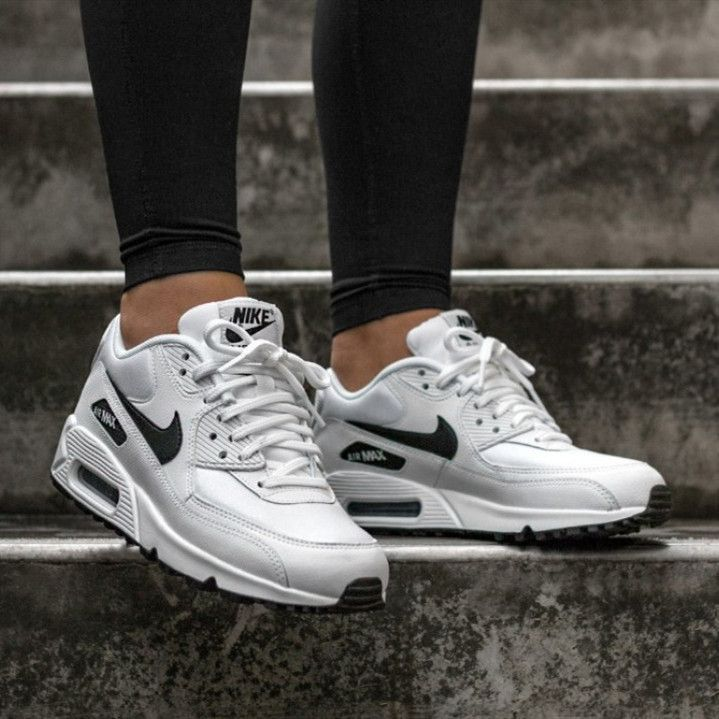 The Latest Street Style Outfits and Trends | Nike air max 90 ...
