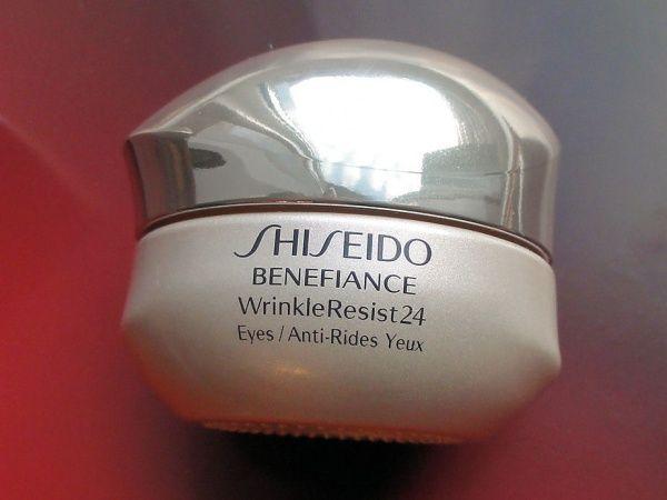 Shiseido Benefiance WrinkleResist24 Intensive Eye Contour Cream - Антивозрастной крем для кожи вокруг глаз