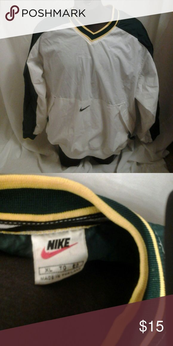 Nike pullover windbreaker Nike windbreaker in great condition no rips no tears Nike Jackets & Coats Windbreakers