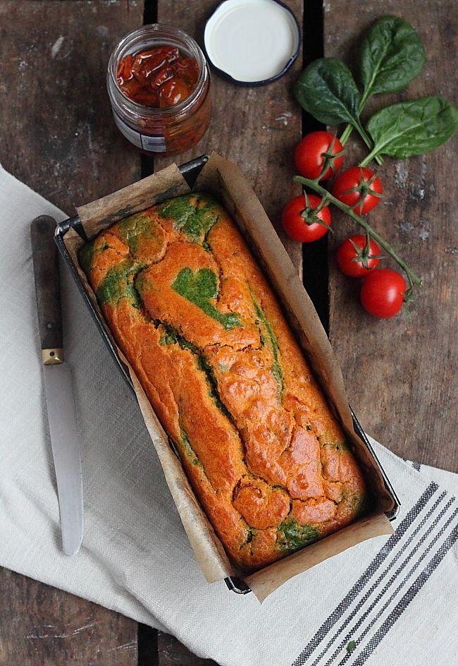 Délices d'Orient: Cake marbré salé tomates & épinards