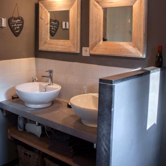 Badkamer Douchen In Bad ~ Luxe badkamer Vanuit de badkamer loop je zo de sauna in