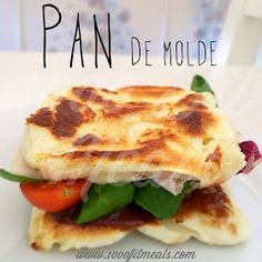 """Pan de molde """"fit"""" . Sin HC, apto para dietas, celiacos... Buenísimo,bajo en calorias. Receta rápida #1000fitmeals"""