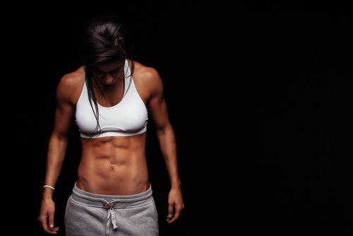 Fett abbauen abnehmen Sixpack Frau