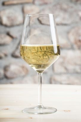 ITALIAN WHITE WINES - THEN AND NOW... - How Italian white wine has gone from zero to hero over the years