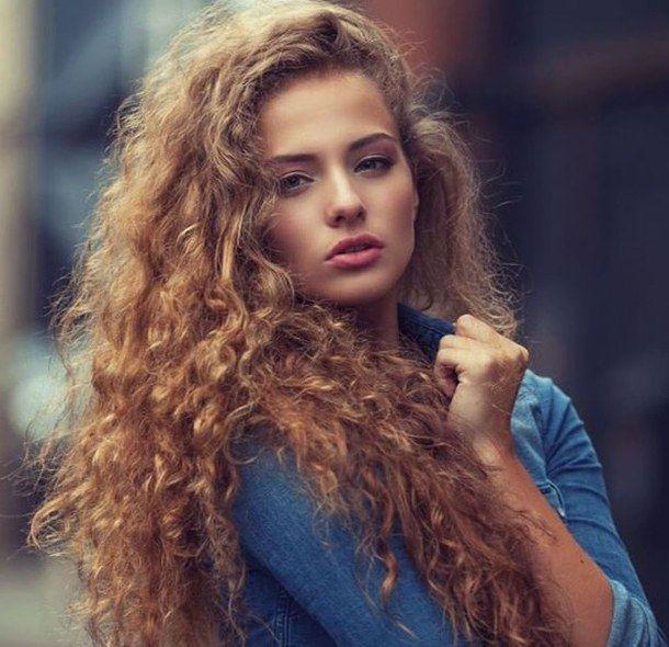 big-hair-blue-shirt-curls-curly-hair-Favim.com-3952710.jpg (610×590)