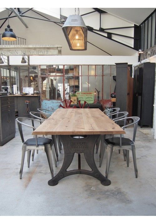 1000 id es sur le th me table industrielle sur pinterest for Table a diner industrielle