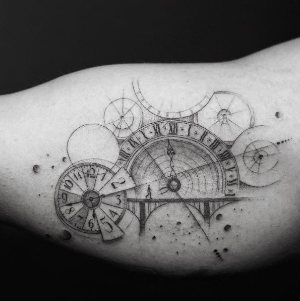 the 25 best vintage clock tattoos ideas on pinterest tattoo for man badass tattoo for men. Black Bedroom Furniture Sets. Home Design Ideas