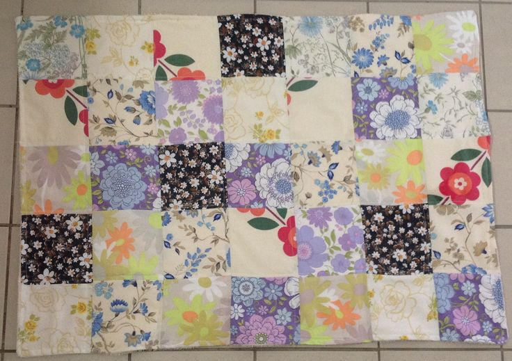 Vintage sheet patchwork bathmat, with an ️Upcycled towel backing. Finished 6/11/2016